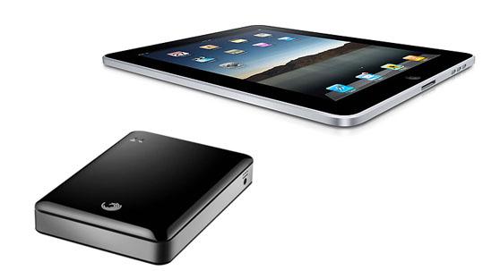 Die GoFlex Satellite aus dem Hause Seagate bietet auch Tablets Zugriff via WLAN. (Bild: Seagate)