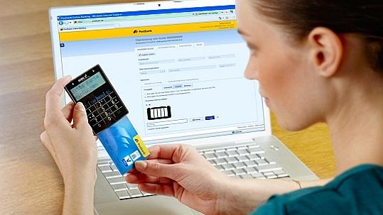 Innerhalb von 24 Stunden werden Online-Überweisungen nun gebucht (Bild: Deutsche Postbank AG)